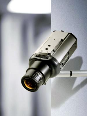定點設置的監控點容易出現安防漏洞,而數位化、無線化的數位安控解決方案,可靈活配置監控點,成為熱門應用。SIEMENS