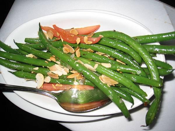 配菜~豆...不知啥豆...但一樣好吃!!!