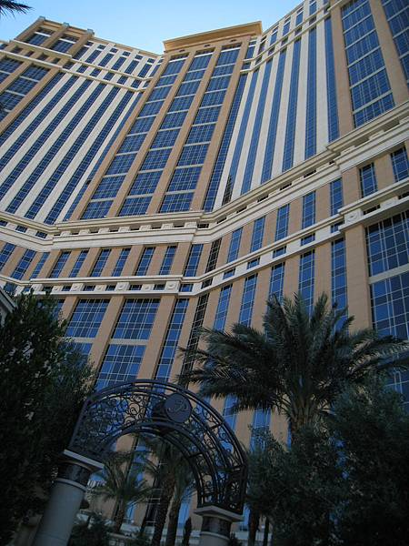 Vegas~Palazzo