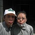 8.8水災賑災at林邊~我跟嘉俐姐臉上都是泥巴...