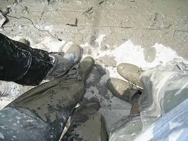 8.8水災賑災at林邊~當然我們的腳也是...