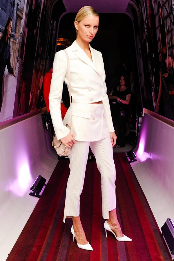 名模卡洛利娜庫爾科娃(Karolina Kurkova)參加Fiamma包款上市私人晚宴_Fiamma米色牛皮提包, 建議售價NT$65,900_3.jpg