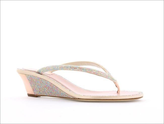 粉色滿鑽夾腳鞋 NT$43,000.jpg
