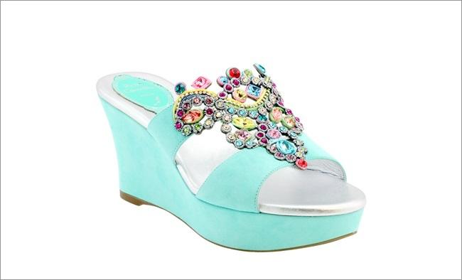 湖水綠奢華珠寶楔型鞋  NT$52,000.jpg