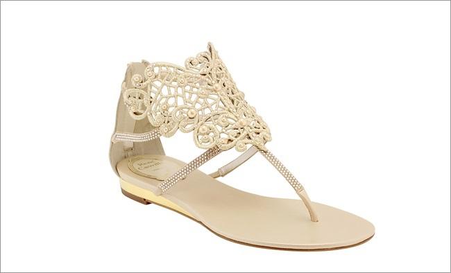 蕾絲珍珠羅馬涼鞋  NT$42,000.jpg