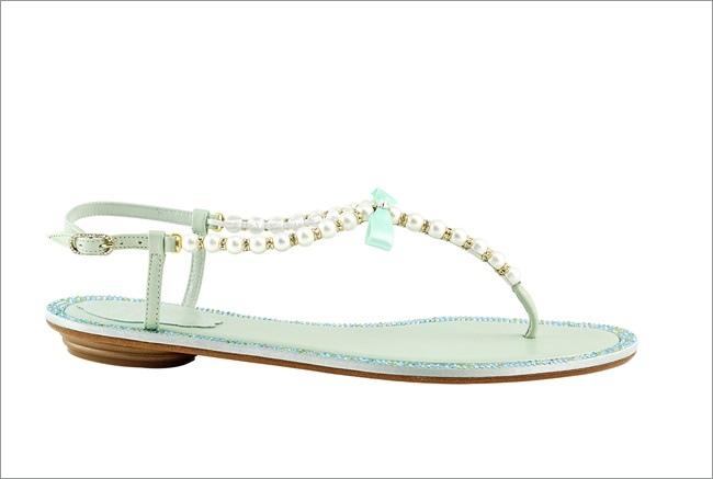 薄荷綠T字珍珠平底涼鞋 NT$37,000.JPG