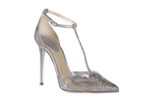 銀白鏤空雕花T字高跟鞋 NT$56,000 (1).jpg