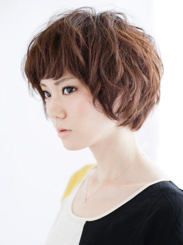 日系女孩短髮俏麗感流行新髮型B-2.jpg