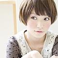 2012短髮混搭自然圓潤可愛髮型-1.jpg