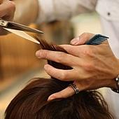 尚洋BENSON的巧手改造日系潮流髮型步驟>>>>>剪裁