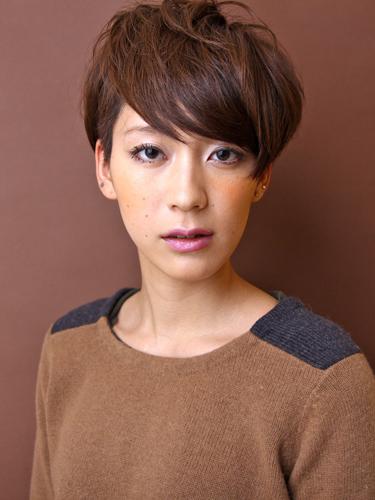 2012年法式風格短髮型&摩卡褐髮色A-1.jpg