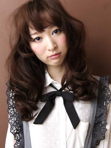 2012年早春流行日系娃娃髮型@栗棕髮色調A-1.jpg
