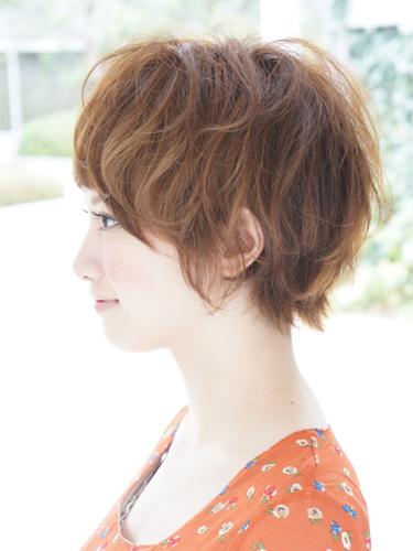 2012年早春流行日系蓬鬆感螺旋燙髮髮型A-2.jpg