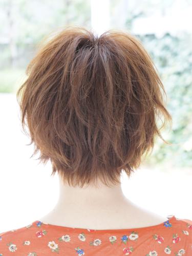 2012年早春流行日系蓬鬆感螺旋燙髮髮型A-3.jpg