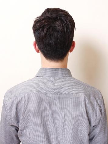 2012年率性短捲髮男生髮型搭A-3