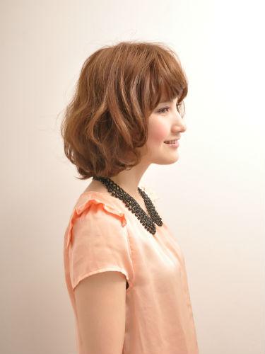 2012年日系春夏髮型@蜜糖橘髮色俏麗捲捲髮造型A-2