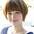 2012年日系春夏髮型@蜂蜜米色俏麗短髮造型A-1