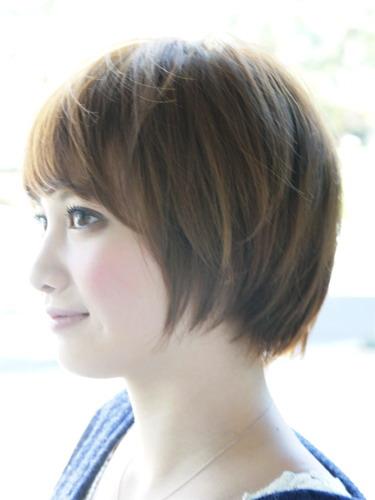 2012年日系春夏髮型@蜂蜜米色俏麗短髮造型A-2