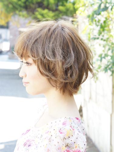 2012年夏季日系空氣燙蓬鬆感俏麗髮型A-2