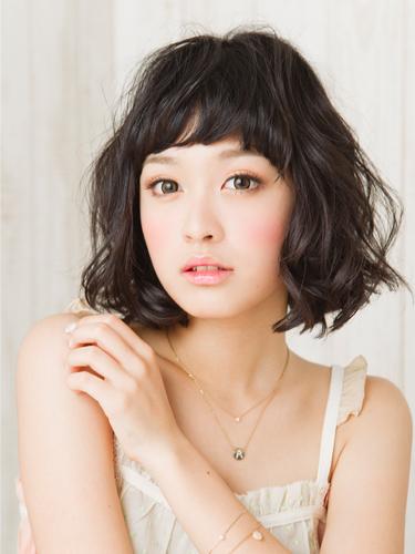 2012年日系風格鮑勃。精緻感小顏燙髮髮型分享A-1