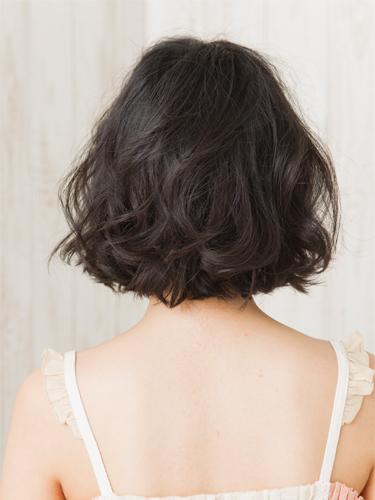 2012年日系風格鮑勃。精緻感小顏燙髮髮型分享A-3