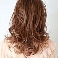 2012年有彈性的風格捲髮燙髮日系髮型分享A-3