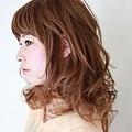 2012年有彈性的風格捲髮燙髮日系髮型分享A-2