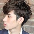 日系感冬季時尚型男捲燙髮造型A-2