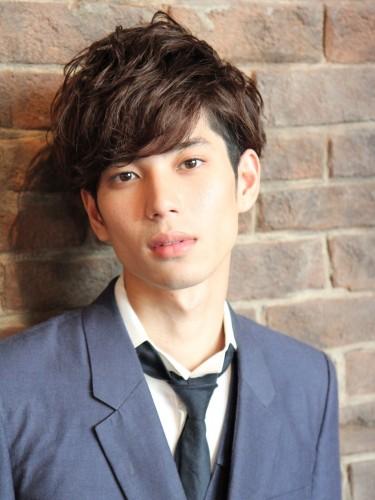 日系感冬季時尚型男捲燙髮造型A-1