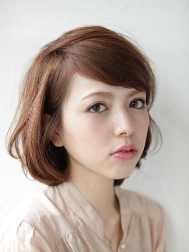 自然鬆軟感輕女性風格中長髮型A-1