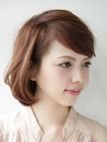 自然鬆軟感輕女性風格中長髮型A-2