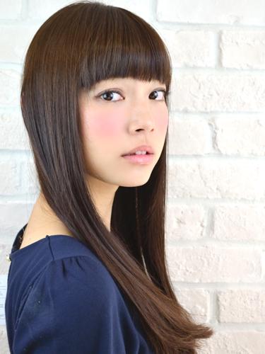 厚劉海時尚但簡單可愛的長直髮型A-1