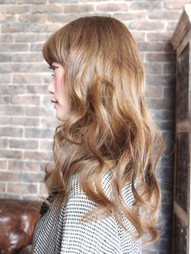 閃亮可愛的鬆軟燙髮風格-蜂蜜焦糖米色髮型A-2