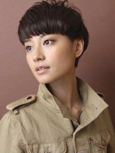 歐洲混搭風格短髮型-柔和光澤質感髮色A-1