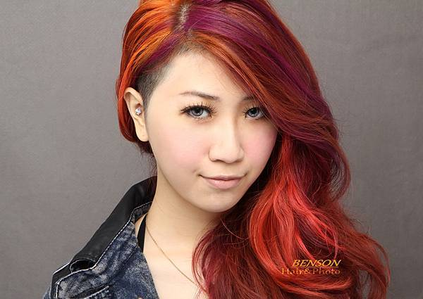 2013流行髮型~素人大改造之現代摩登柔美龐克女孩!西門町尚洋髮型BENSON