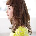自然風格結合時尚的閃亮短瀏海髮型A-2
