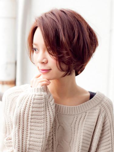 日系魅力淺棕髮色-2014女性短髮捲起風潮-2