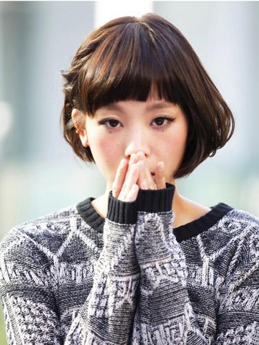 有吸引力的日系俏皮風格-2014女性短髮捲起風潮-1