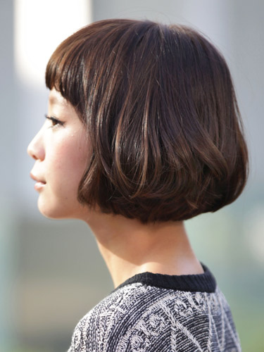 有吸引力的日系俏皮風格-2014女性短髮捲起風潮-2