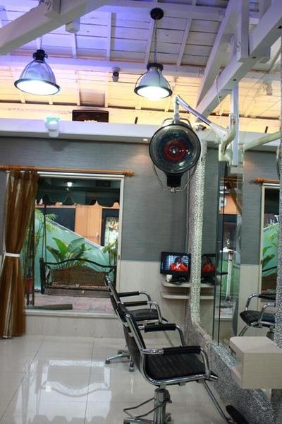 提供專屬的VIP空間,專屬BENSON的工作空間&優質的硬體設備