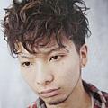 2011年日系潮流重度捲髮型設計風格