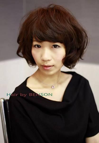 2011年夏季輕熟女鮑伯燙染流行髮型設計