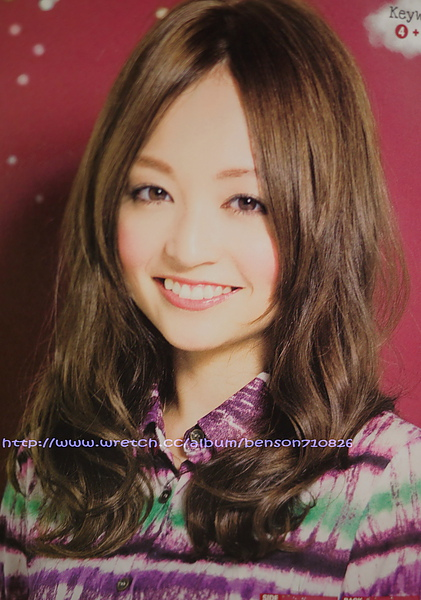 日系風格中分造型的柔媚氣質感髮型@甜美質感新髮色