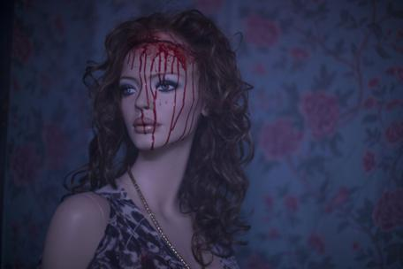 maniac-remake-2012-mannequin-blood-scalp_456x304