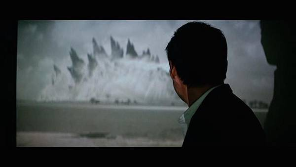 godzilla-2014-movie-screenshot-video_798x449