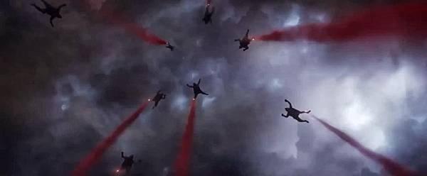 Godzilla-2014-teaser-00003_1087x448