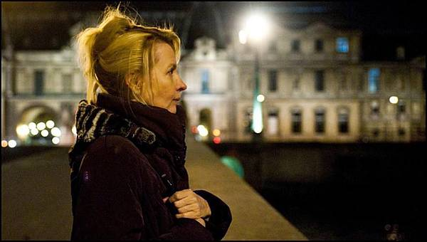 a-lady-in-paris_796x450