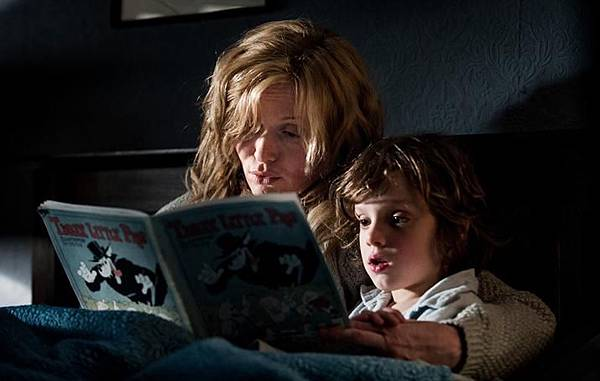 the-babadook-03_715x454