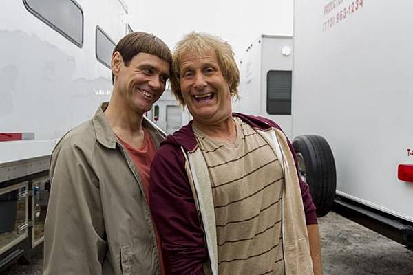 dumb-and-dumber-to01_671x447