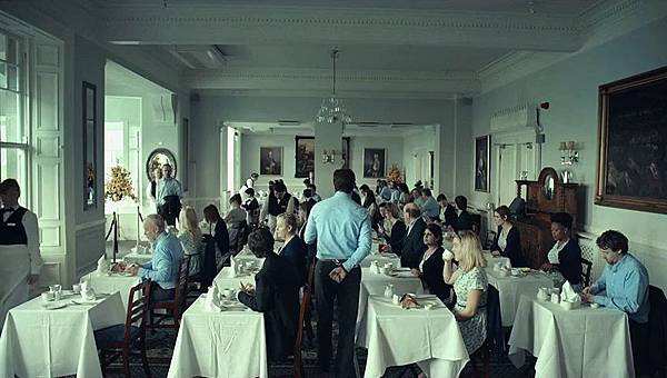 clairestbearestreviews_filmreview_thelobster_singles